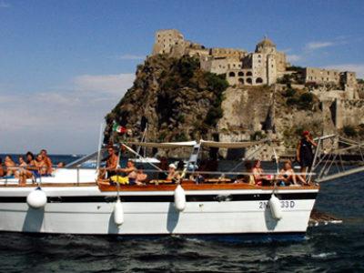 gita mediterranea escursione ischia con barca con bagno e pranzo a bordo